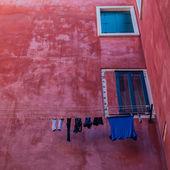 постельное белье на веревке — Стоковое фото