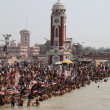 Bathing in the Ganges. The sacred city of Haridwar. North India. — Stock Photo