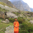 Pilgrim in North India.  The wandering monk, a Buddhist. — Stock Photo