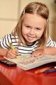 Little girl painting — Zdjęcie stockowe