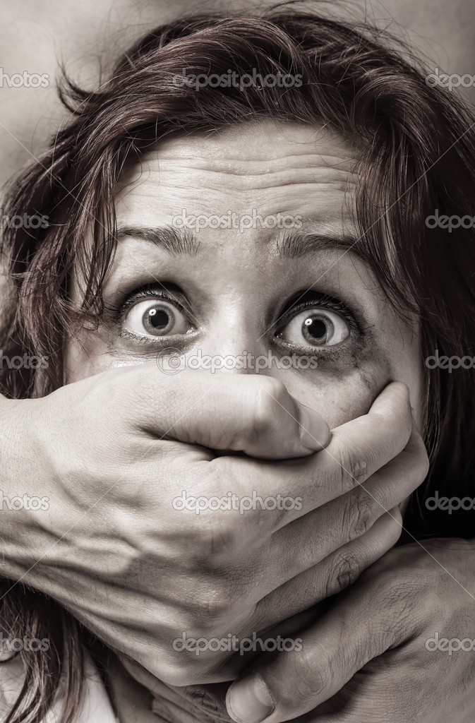 Fear of woman victim of domestic violence and abuse — Stock Photo #11533749