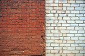 Parede de tijolo vermelho e branco — Foto Stock