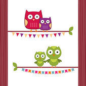 Mom and baby owls — Stock Vector