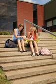 студенты в школе — Стоковое фото