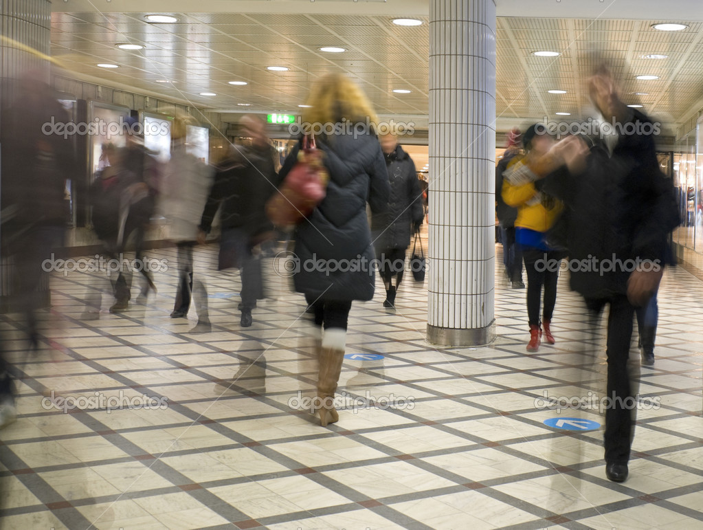 Rush hour at Stockholm central station. — Stock Photo #10952712