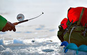 Vinter fiske — Stockfoto