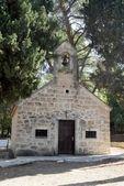 Kamieniste starożytnego kościoła st.nikolai w parku narodowego rzeki krka — Zdjęcie stockowe