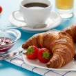 Breakfast with croissants and coffee — Foto de Stock