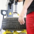 Tire changing — Stock Photo