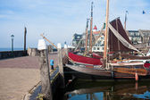 Historic wooden fishing boats in harbor of Urk, The Netherlands — Stock Photo