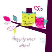 木の枝、ロマンチックな結婚式のカードに 2 つのかわいいフクロウ — ストックベクタ