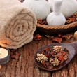 Spa massage setting with candlelight — Stock Photo #11335029