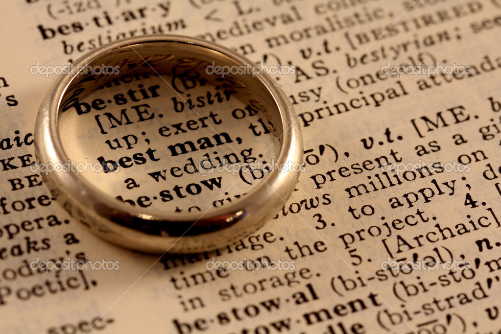 The words best man in the dictionary with a wedding ring atop, circling the words — Foto de Stock   #11594452