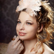 Woman in a luxurious vintage style — Stockfoto
