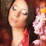 hermosa chica en un lujoso interior vintage — Foto de Stock   #11293305