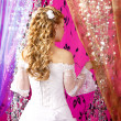 Luxury bride on a bright background with wedding hairstyle — Stock Photo