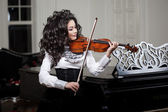 Woman with a violin — Stock Photo