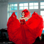 kvinna i röd — Stockfoto