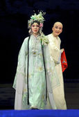Chinese traditional opera actors with theatrical costume — Zdjęcie stockowe