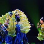 ������, ������: Chinese folk dancers