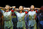 Chinese modern dancers — Stock Photo