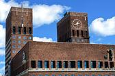 市庁舎 (radhuset)、オスロ、ノルウェー — ストック写真
