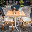 Table and chairs cafe — Stockfoto