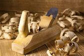 Самолет плотника и стружка — Стоковое фото