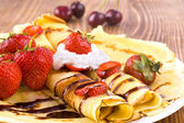 Pancakes and fresh fruit — Foto Stock