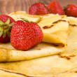 Pancakes and fresh strawberry — Stock Photo