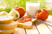 Geleneksel sağlıklı bir kahvaltı — Stok fotoğraf