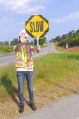 Contrôleur de la circulation ralentit la circulation — Photo