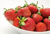 Red strawberry in the bowl — Foto Stock