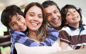 Happy family smiling — Foto Stock