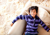 šťastný chlapec doma — Stock fotografie