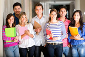 Informele groep van studenten — Stockfoto