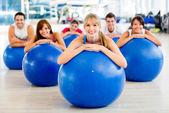 Pilates sınıfında — Stok fotoğraf