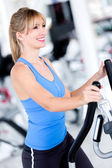 Fit woman at the gym — Stock Photo