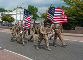 American soldiers marching the International Four Days Marches Nijmegen — Stock Photo