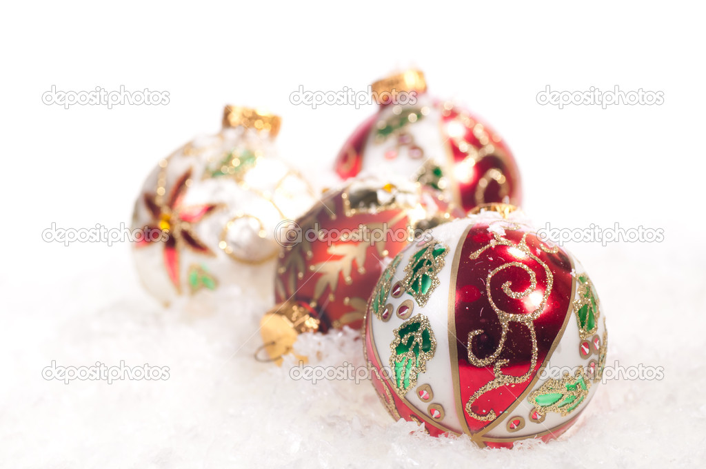 Colourful hand painted  glass baubles on snow — Foto Stock #12013714