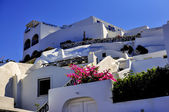 Traditional Santorini architecture — Stock Photo