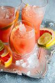 Pembe greyfurt içecekler — Stok fotoğraf
