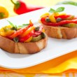 Bruschetta with bell pepper salad — Lizenzfreies Foto