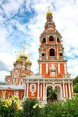Stroganov Church in flowers Nizhny Novgorod — 图库照片