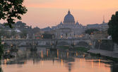 Vatican with Saint Peter's Basilica and Sant'Angelo's Bridge — Stock Photo