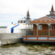 New wooden landing stage on Volga river — Stock Photo