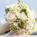 Beautiful white wedding bouquet — Stock Photo #12360188
