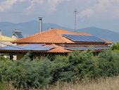 Fotovoltaïsche zonne-energie op dak — Stockfoto