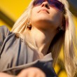 Beautiful woman with sunglasses - Lizenzfreies Foto