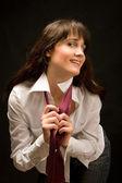 Mooie vrouw in wit overhemd glimlachen — Stockfoto